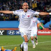 Slovakia-v-Italy-Robert-Vittek-celeb-two_2469928